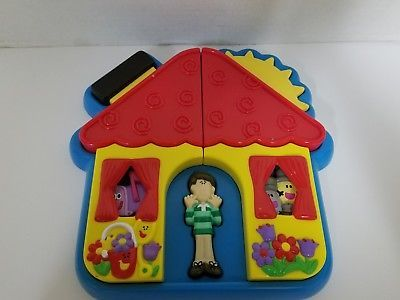 mailbox blues clues plush. Blues Clues House 3D Puzzle Hard Plastic Tray Steve Salt Pepper Mailbox Plush E
