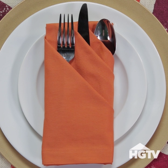 3 Fancy Ways to Fold Napkins Halloween fun Pinterest Napkins