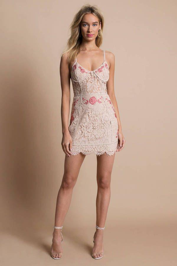 Mia Embroidered Lace Bodycon Dress Drëssës 2 Bodycon