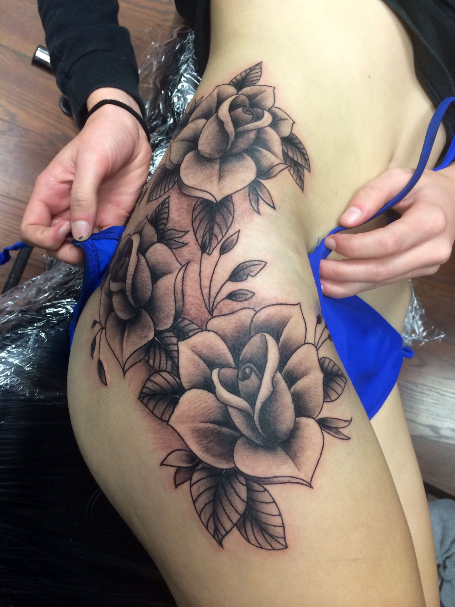 Black ink tattoos for girls - Black And Grey Rose Tattoo On Thigh
