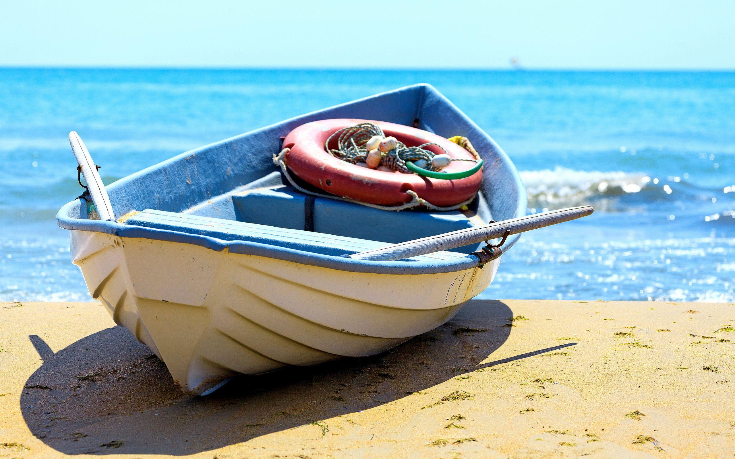 картинки лодки возле берега аналогичных