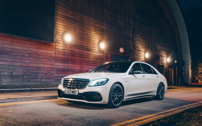 Download Wallpapers Mercedes Benz S Class S63 Amg 2018 Luxury White Sedan Tuning S63 Front View Exterior New White S63 Mercedes Besthqwallpapers Com Benz S Mercedes Benz Wallpaper Mercedes Benz Amg
