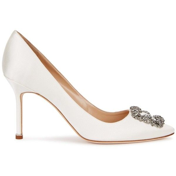 Manolo Blahnik Hangisi 90 Ivory Satin Pumps - Size 4 (7.865 NOK) ❤ liked on Polyvore featuring shoes, pumps, ivory satin pumps, high heel pumps, manolo blahnik shoes, slip-on shoes and high heel shoes