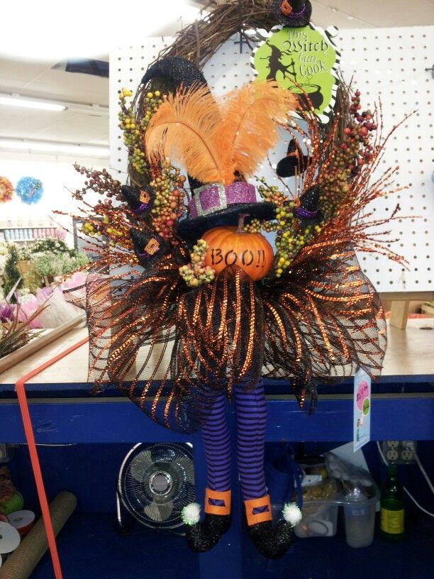 Halloween fun Halloween wreath, Halloween decorations