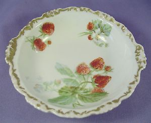 "Vintage Jean Pouyat Limoges JPL 5"" Strawberry Dessert Bowl France Gold Trim 1967 