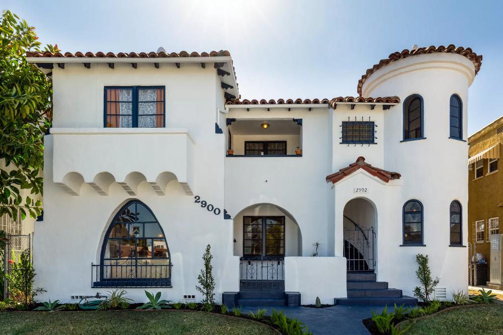 Lovely 1920s Spanish Style Duplex In Leimert Park Asking 939k In 2020 Leimert Park Spanish Style Los Angeles Real Estate