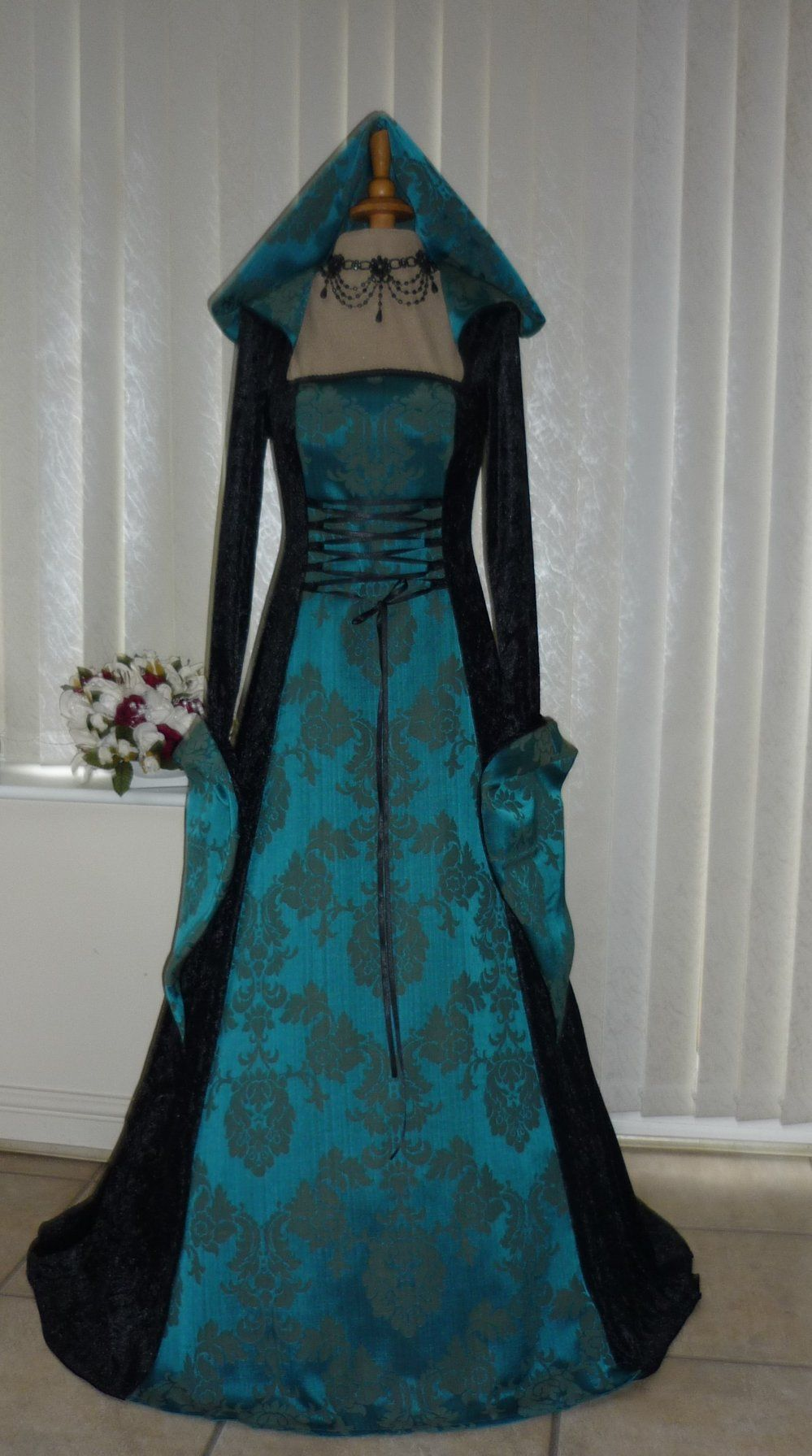 Medieval Gothic Renaissance Hooded Dress Black & Teal, Dawns ...