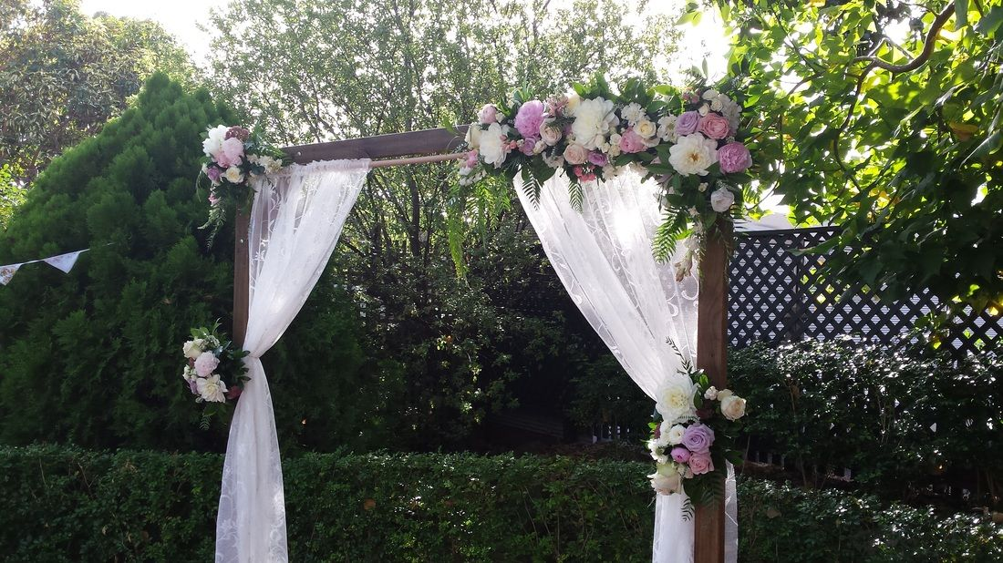 Timber arch to hire for events and weddings in the barossa and timber arch to hire for events and weddings in the barossa and adelaide sa junglespirit Gallery