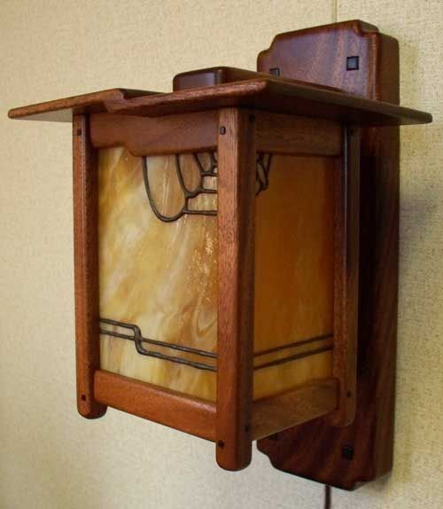 Greene and greene style arts and crafts hand crafted wood for Crafting wooden lamps