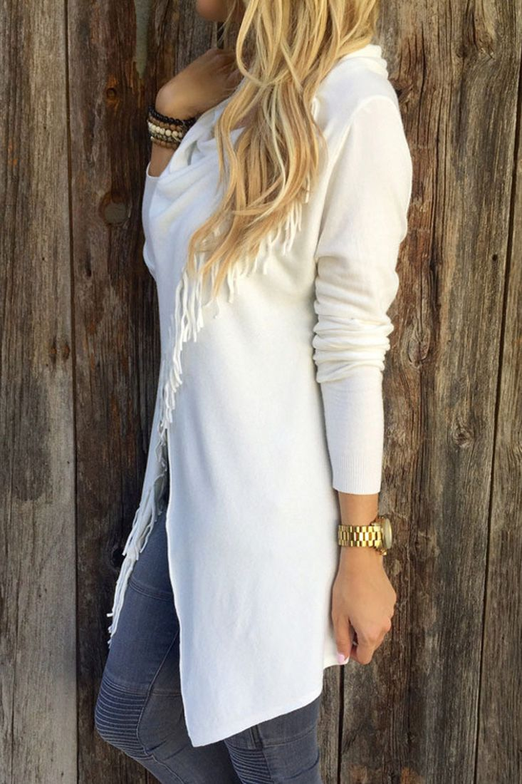 The coat is featuring simple color tassel style and one button