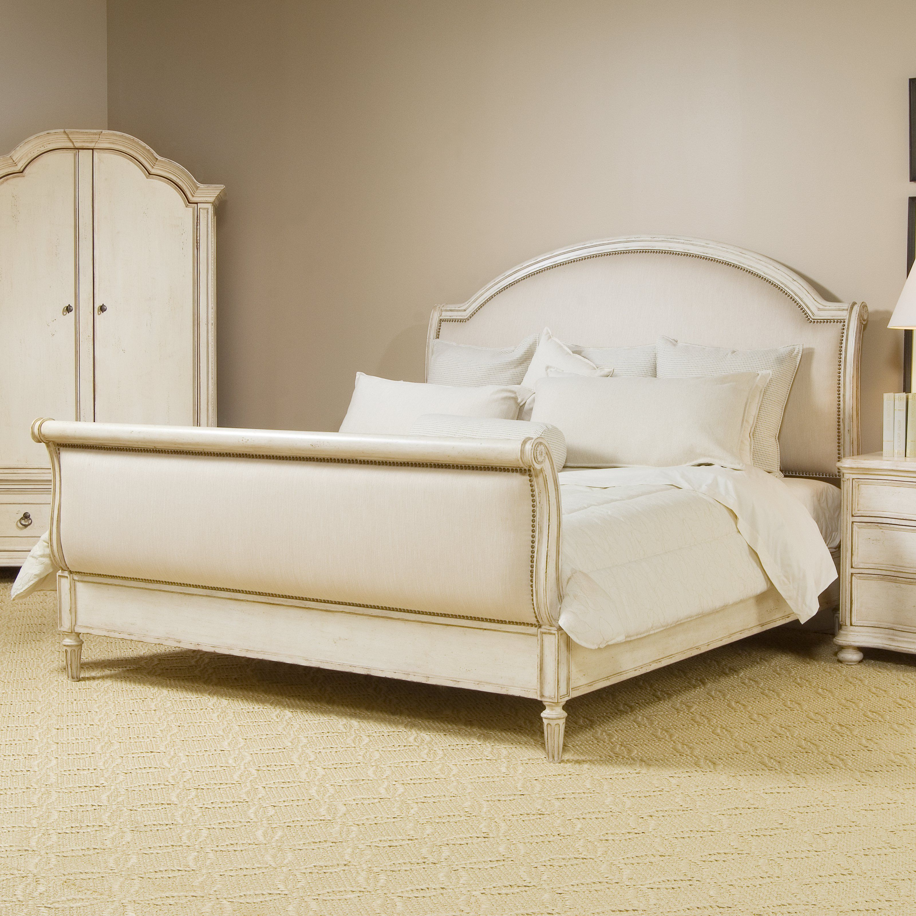 A.R.T. Furniture Provenance Upholstered Sleigh Bed from