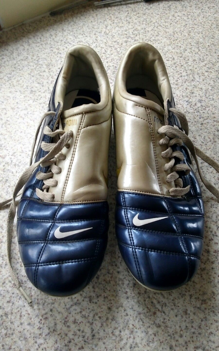 7633822851f6 Nike Total 90 football boots size 8 | SoccerMarkt Products ...