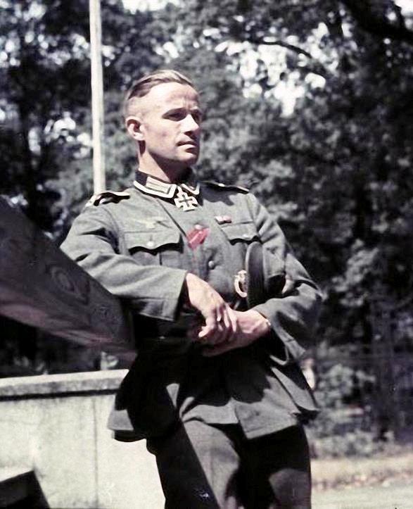 Rudolf Krüger received the Ritterkreuz as Oberfeldwebel and Zugführer of 6.Kompanie/Infanterie-Regiment 32