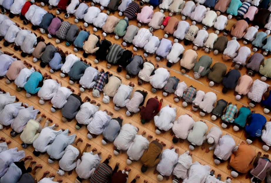 Reverence in Prayer   About Islam