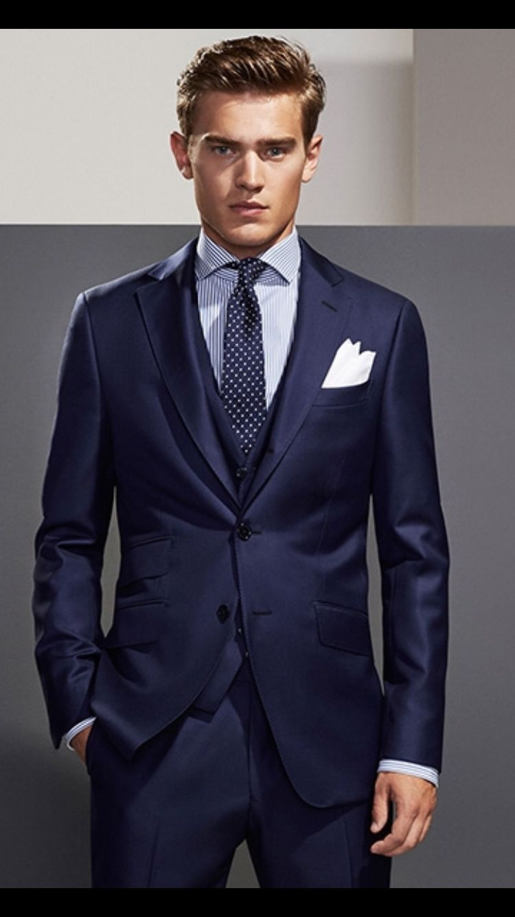 8fd64212a4 Crisp navy suit with awesome silk tie with a light blue shirt and white  pocket square. Really elegant  mensfashion  menstyle  menapparel  suit  navy