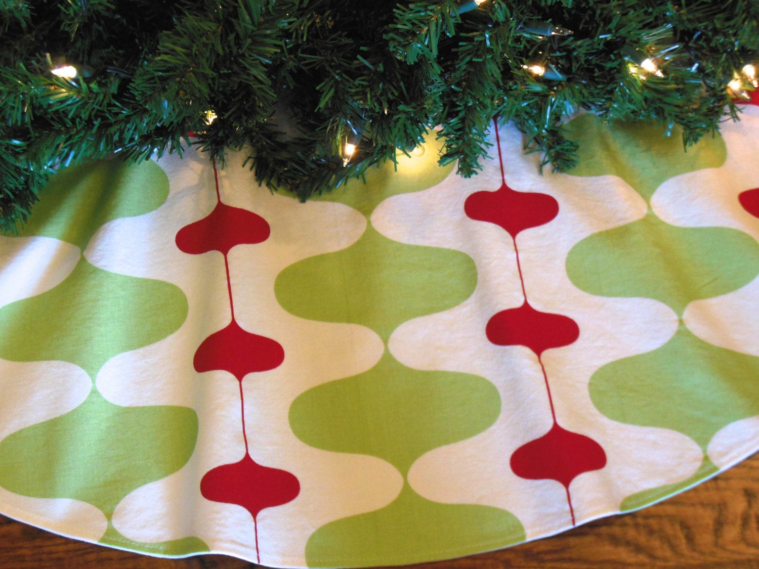 Mid Century Modern Christmas Tree Skirt.48 Or 54 Mid Century Modern Christmas Tree Skirt Retro
