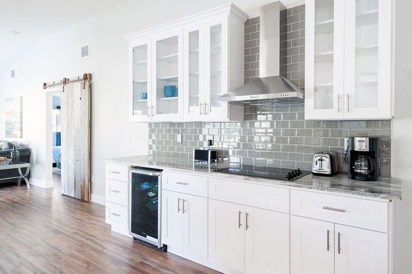 Best 26 Small Kitchens With White Cabinets One Wall Kitchen 400 x 300