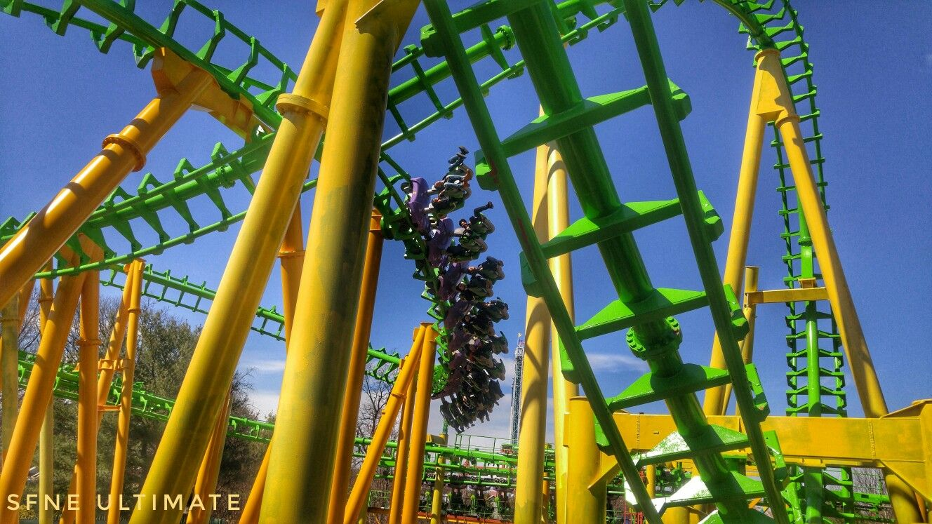 Riddler Revenge At Six Flags New England Roller Coaster Six