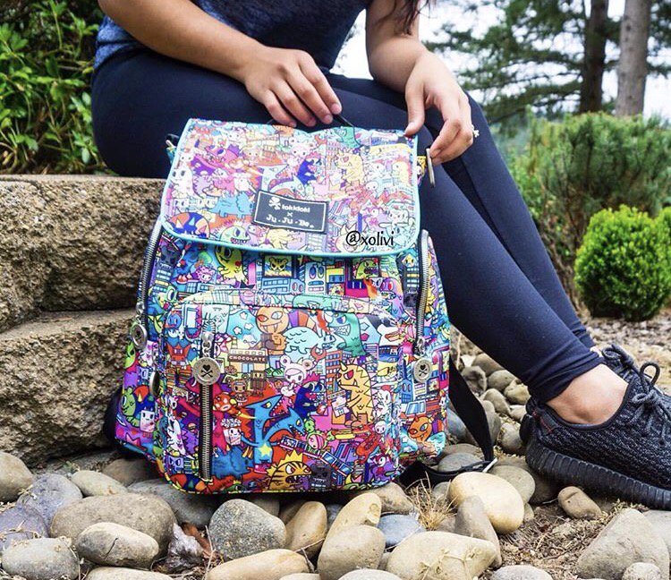 Jujube Be Sporty: the best backpack for diapering or as a school backpack. See more features by clicking through now!