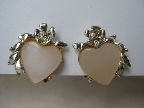Pink Heart Earrings Clip Gold Thermoset by vintagejewelryalcove, $6.50