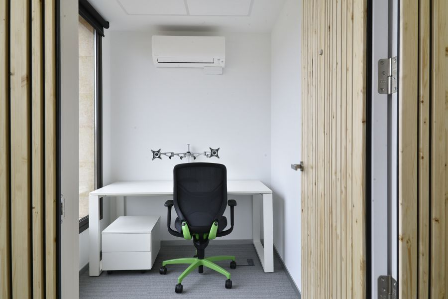 Adur Software Productions Office With In Office Chair Task Chair With Trimension By Wilkhahn Hahnchen