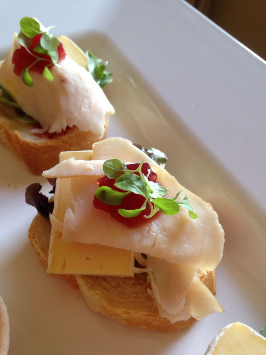 canape turkey with cranberry and brie encroute canapes brie turkey turkey country
