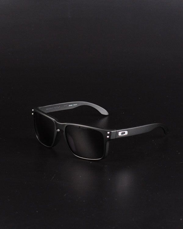 8944400525 Oakley Holbrook- Matte Black Polarized Daily wear.
