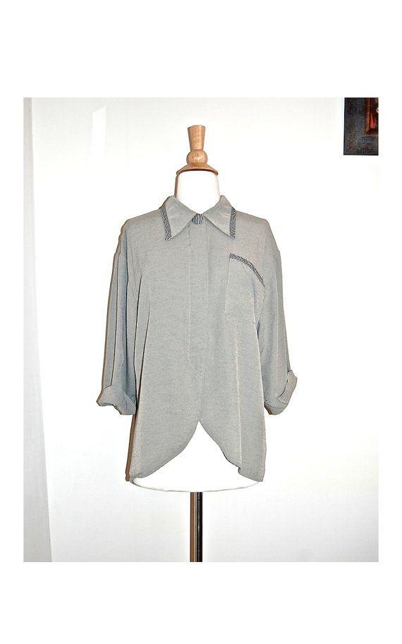 vintage khaki linen top . unusual butler cut by MerakiVintageShop, $19.00
