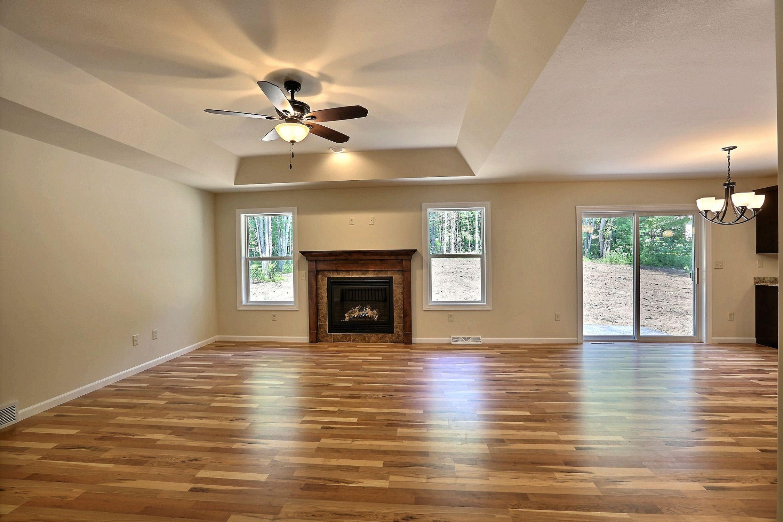 Lr12 azalea floor plan jordan maple laminate flooring for Laminate floor planner