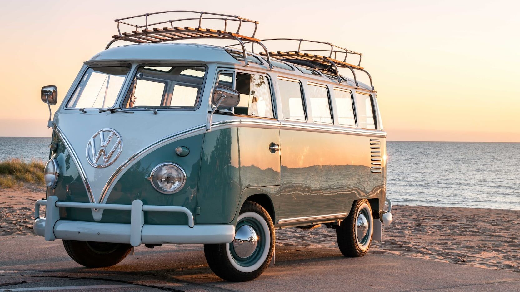 1959 Volkswagen 23Window Bus presented as Lot F163 at