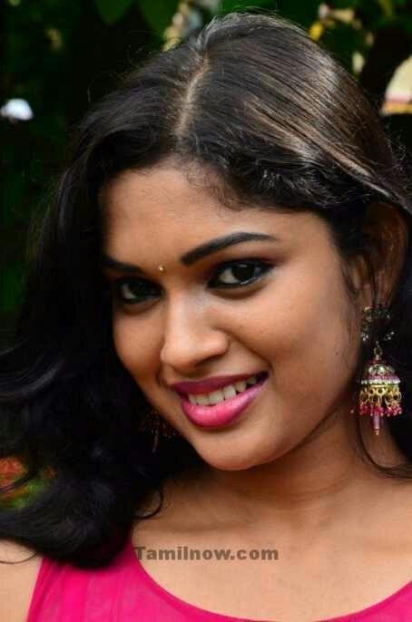 Pin by aarokiaraja Aar on Actress lips | Actresses