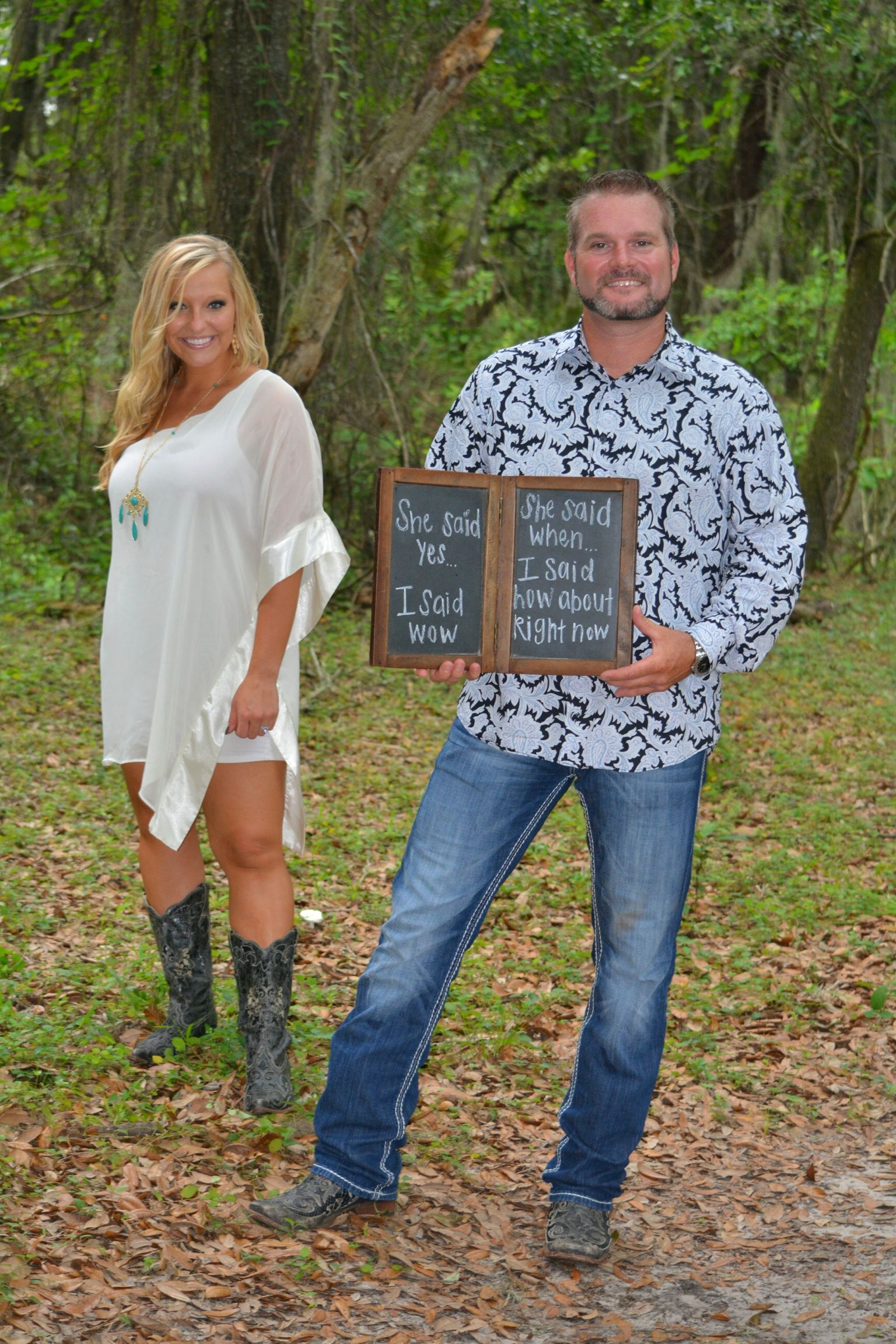 Engagement Photo Photography Country Wedding Rustic