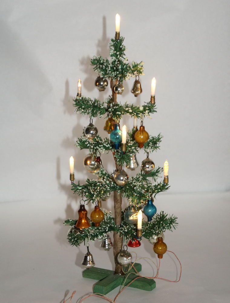 Kleiner Weihnachtsbaum Mit Beleuchtung.Alter Kleiner Weihnachtsbaum Christbaum Mit Beleuchtung