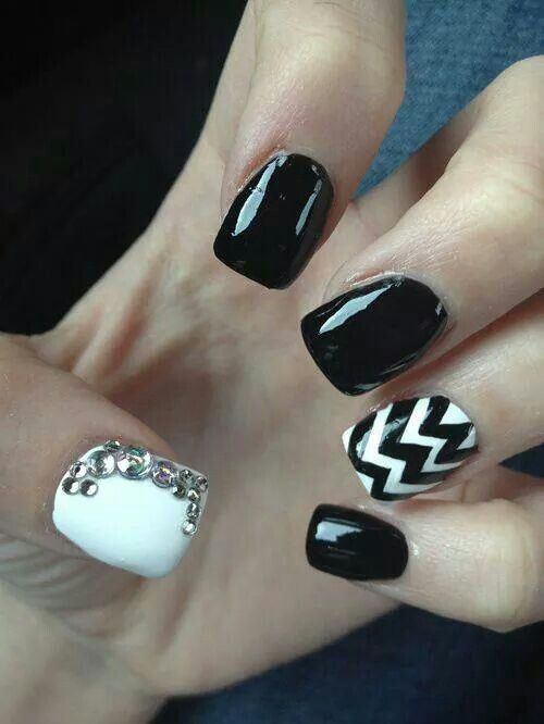 Love that accent nail