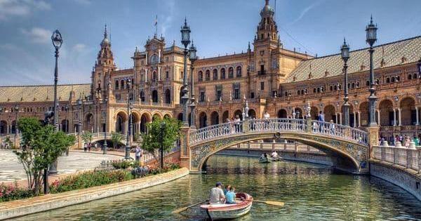 foto de 8 atractivos lugares que ver en Sevilla desde monumentos