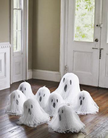 Halloween decorations easy diy halloween decorations do it halloween decorations easy diy halloween decorations do it yourself halloween decoration ghosts solutioingenieria Gallery