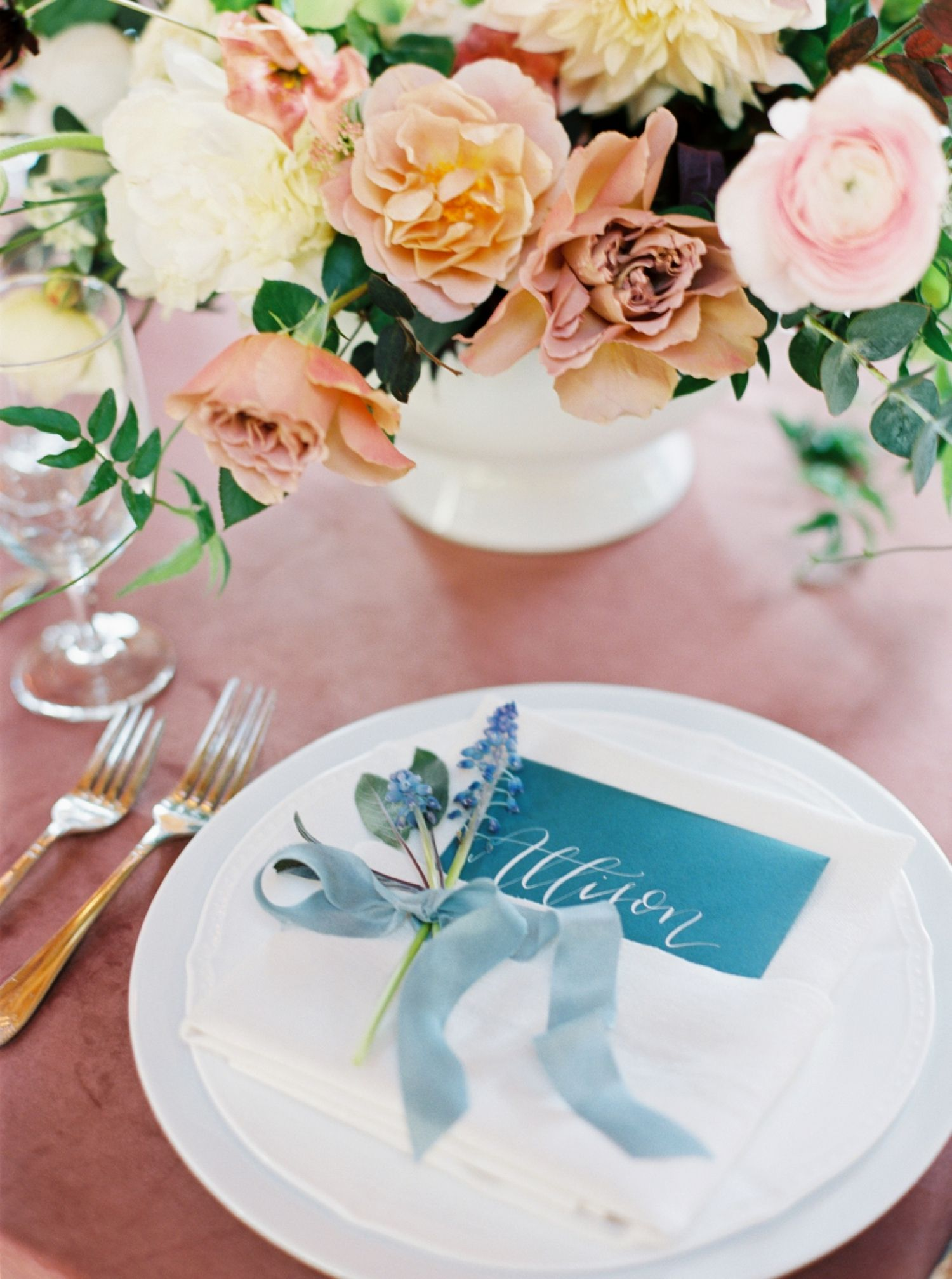 say hello to our new favorite garden wedding wedding wedding