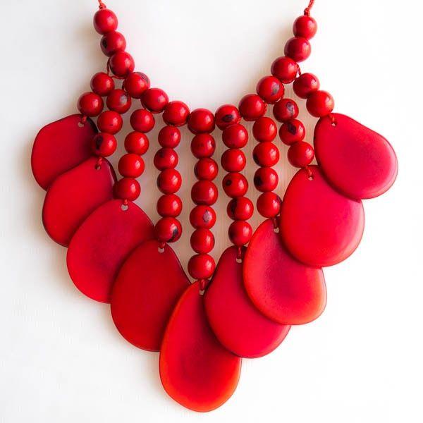 red necklace - Buscar con Google