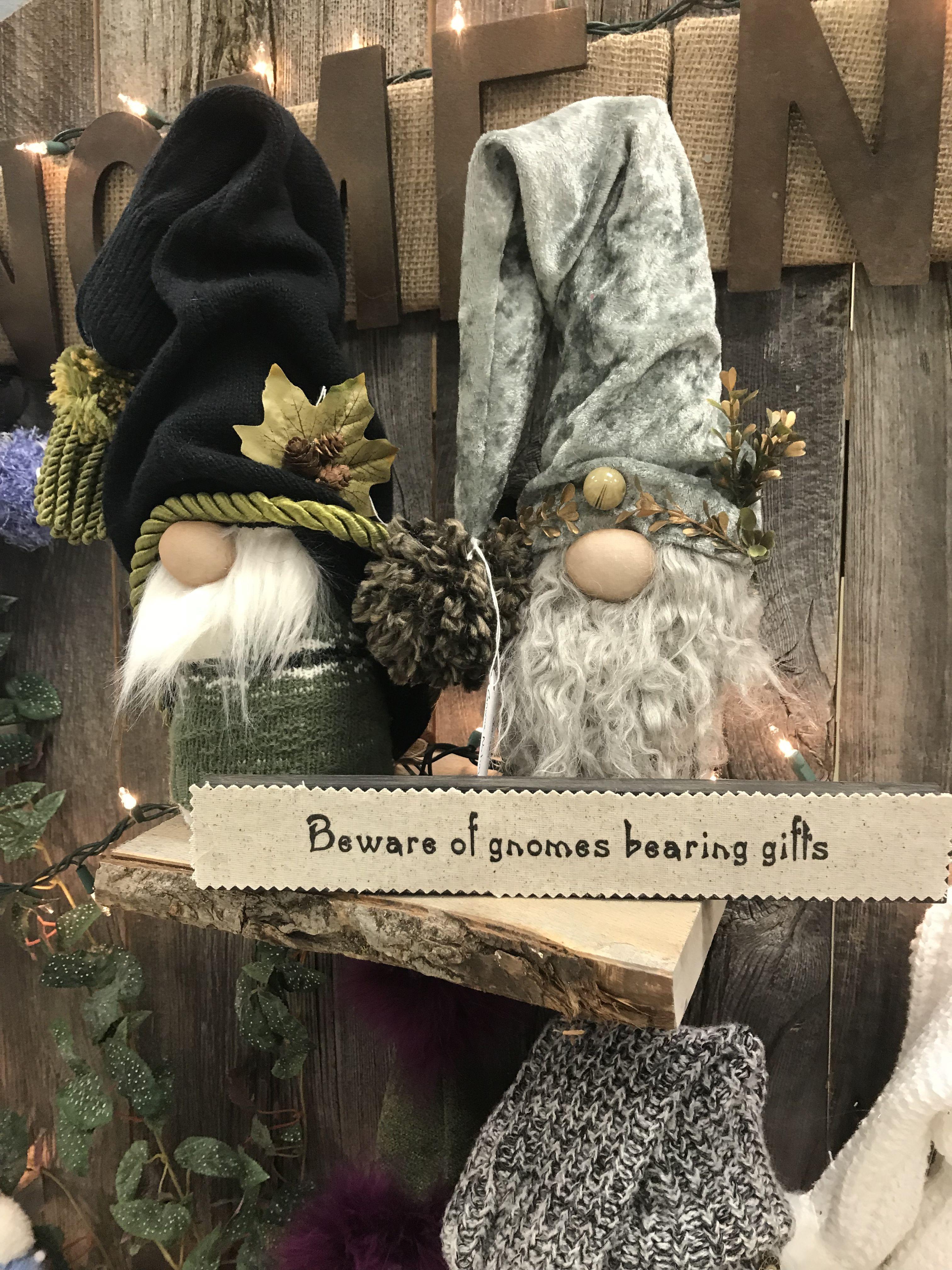 Christmas Gnomes Pinterest.Pin By Deb Harvey On Gnomes Pinterest Gnomes Christmas