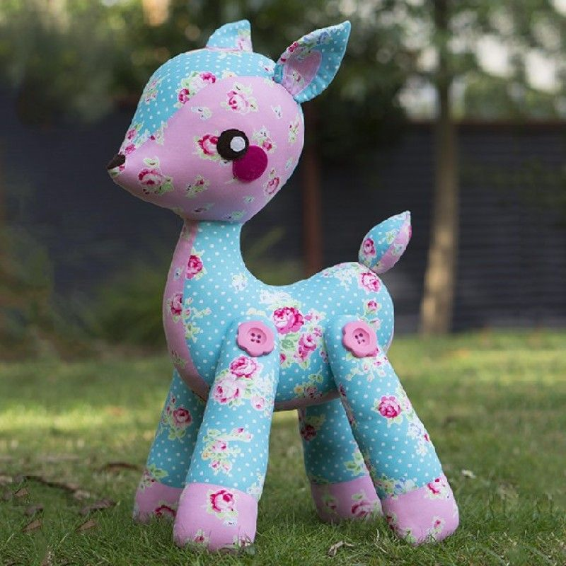 Melly & Me Darla the Deer Toy Sewing Pattern | Pinterest | Toy ...