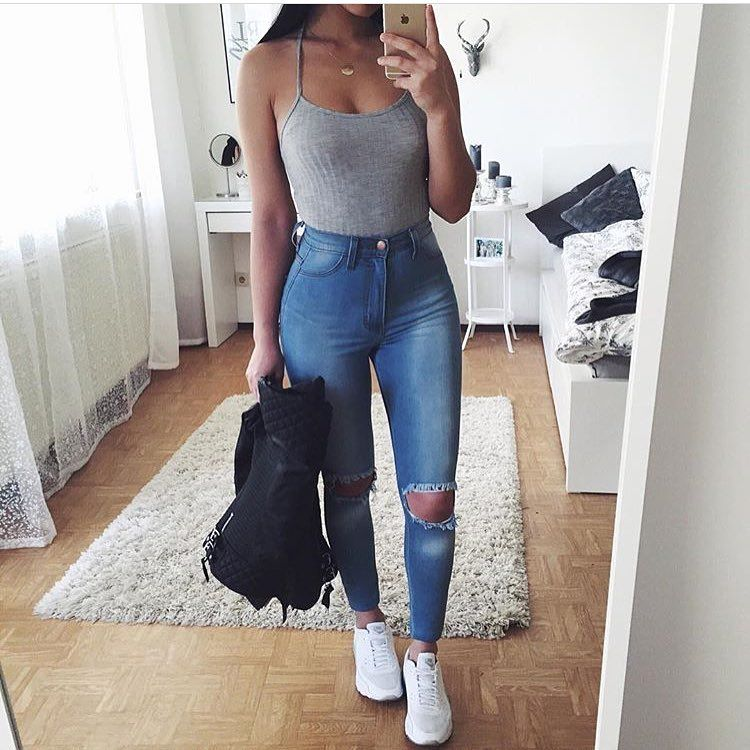 Instagram Fashion Girls: See This Instagram Photo By @weinspireyouroutfits • 1,048