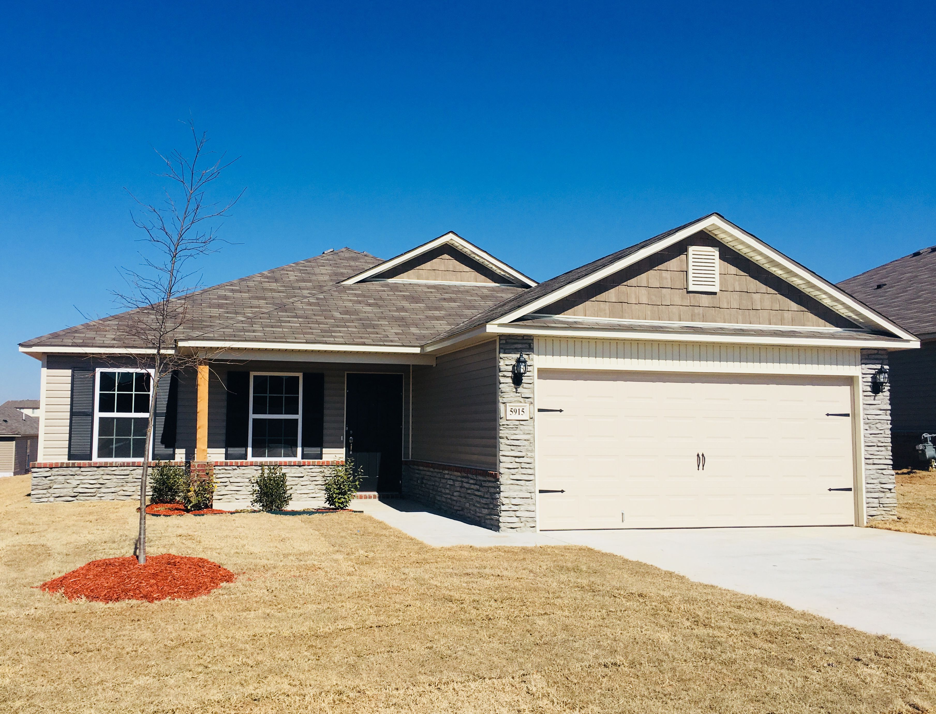 Available Homes In Tulsa Oklahoma Rausch Coleman Homes New Homes Home Building A House