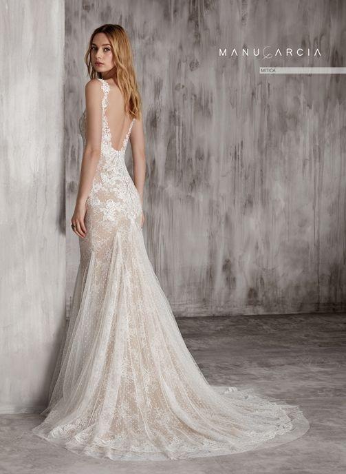mítica es un vestido de novia de la nueva colección de manu garcía