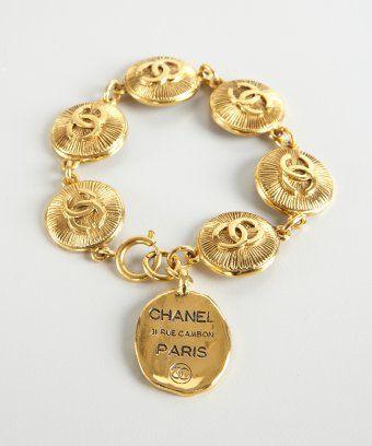 Chanel Vintage Charm Bracelet Bebe Love This Vintage Chanel Charm Bracelet Chanel Jewelry Vintage Charm Bracelet Cute Jewelry