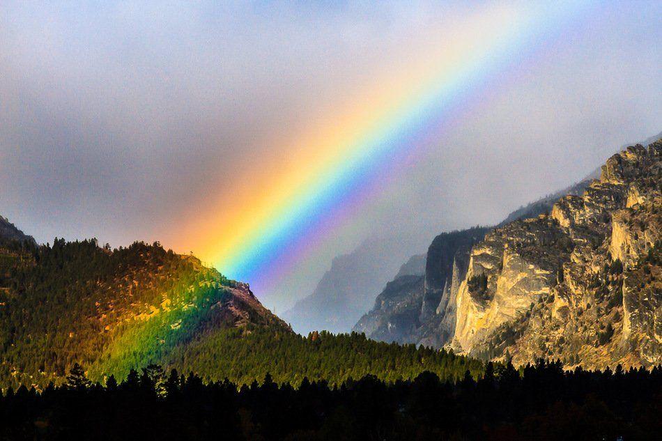 "#StormHour en Twitter: ""The Bitterroot Mountains, #rainbow and cliffs by: penfold, October 10, 2016. Hamilton, Montana https://t.co/sVOhIZQEzO #StormHour https://t.co/HOmRRvxNoO"""