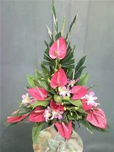 Arrangement Anthurium Triangle Arrangement Rose Vertical Arrangement Tropical Flower Arrangements Church Flower Arrangements Fresh Flowers Arrangements