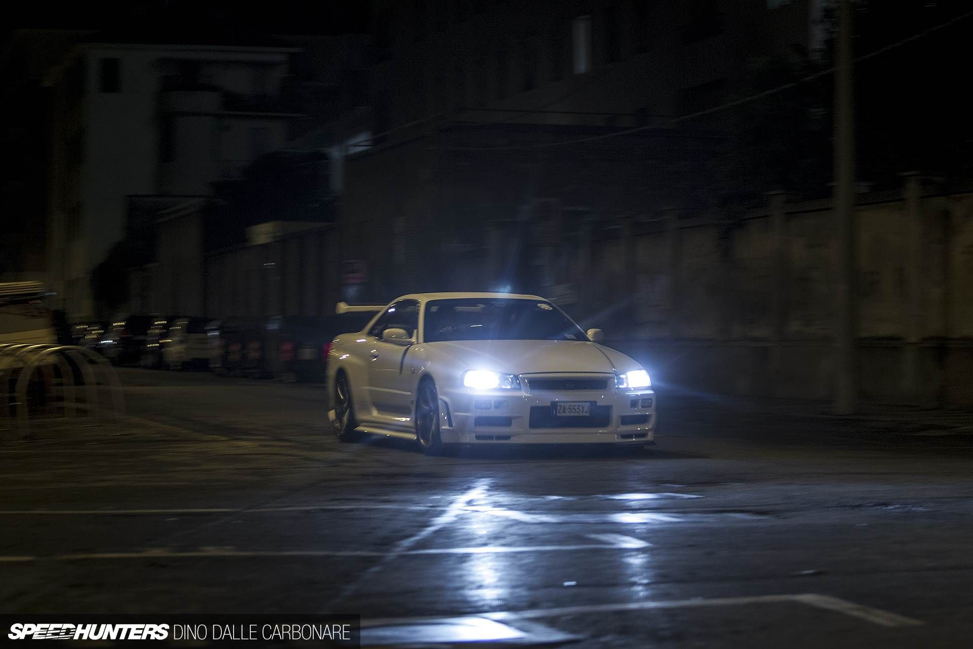 Nissan Skyline GTR V Black Car, Night Wallpaper
