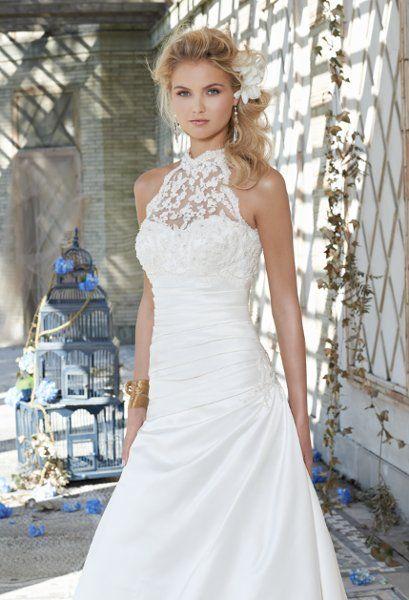 Group Usa Wedding Dresses Photos On Weddingwire High Neck Wedding Dress Wedding Dresses Satin Wedding Dresses Lace