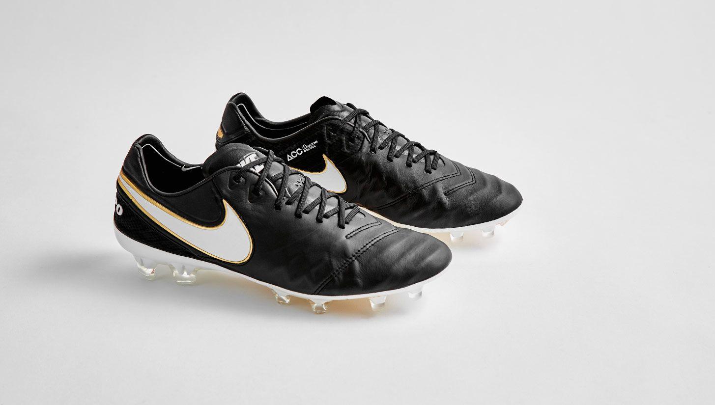 Football, One legend deserves another: Nike Tiempo Legend V Premium | Botas  de fútbol | Pinterest