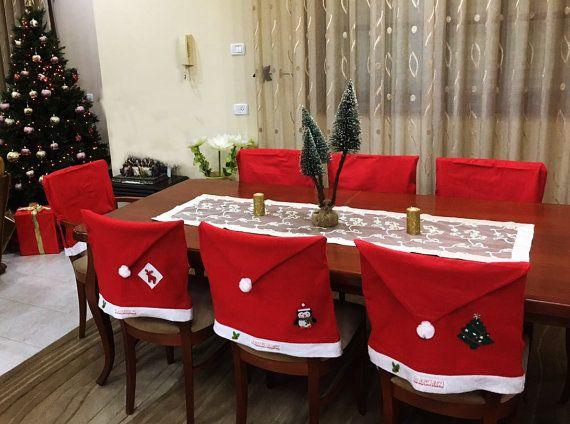 Personalized Non Woven Fabric Santa Hat Chair Covers Are The Perfect Touch To Your Christmas Dinner Fe Silla De Navidad Manualidades Navidenas Casas De Navidad
